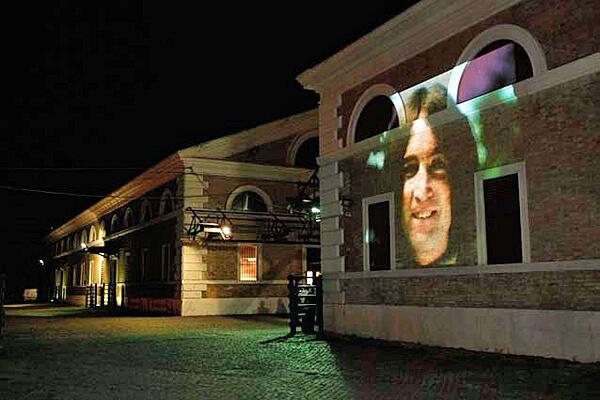 Studio Stefania Miscetti | Contemporary Art Rome | Project: YOKO ONO - Smile event